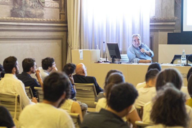 Eduardo Souto de Moura during his lecture at YACademy, Bologna; credits YAC srl