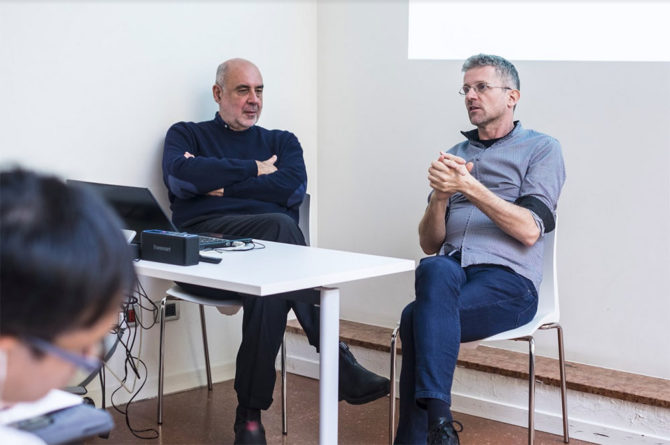 Pippo Ciorra and Carlo Ratti during their lecture at YACademy, Bologna; credits YAC srl